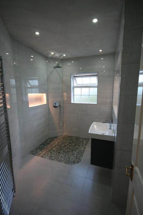 Wet Room 8