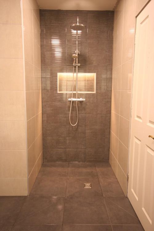 Wet Room 11