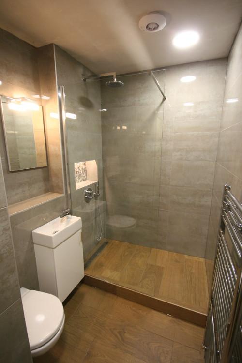 Wet Room 12